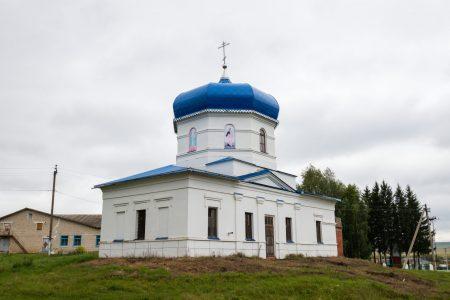 Церковь в селе Новый Кувак (5 of 9)